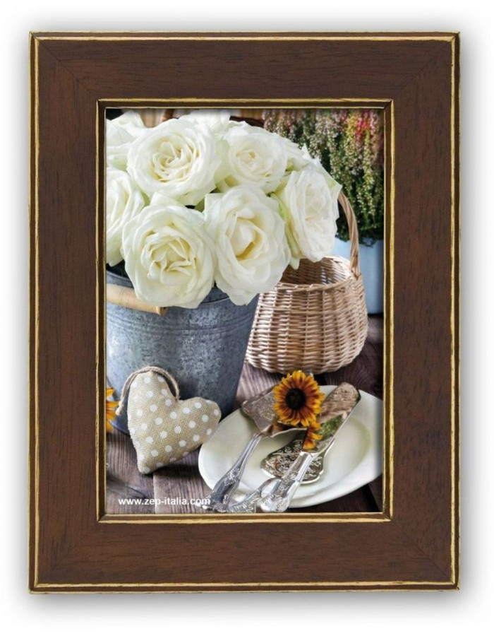 Ischia wooden portrait frame 10x15 cm - 20x25 cm brown