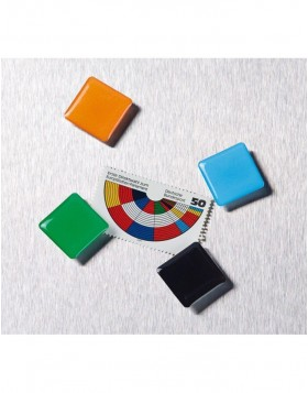magnets 6 squares 2 colours