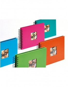 wire-o bound photo album Fun 23x17 cm and 30x30 cm 10 colour