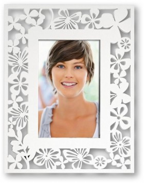 VIRGINIA wooden portrait frame white