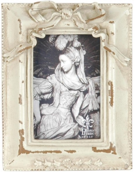 2639 antique frame in white