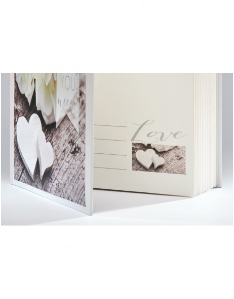 Hochzeitsalbum Love is all you need