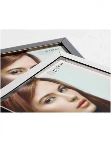 Portrait frame Nora 3 colours and sizes