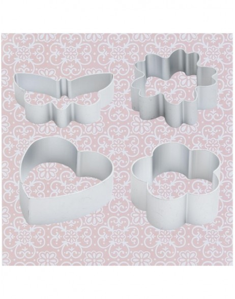 Set of 4 cookie cutters in different designs