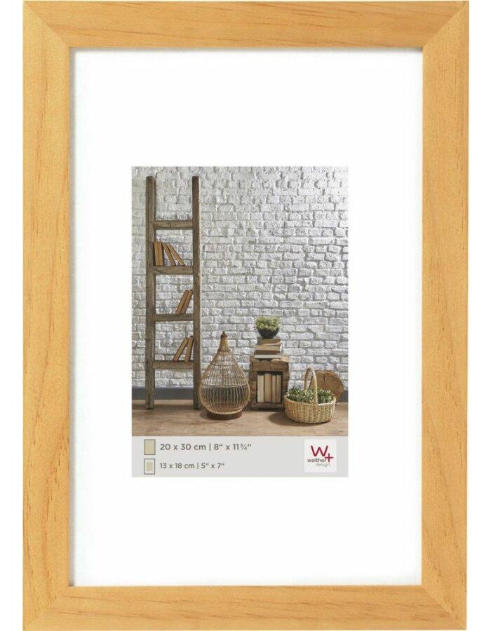 Holz Rahmen - NATURA 30x45 cm buche Walther | fotoalben-discount.de